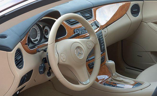 Saiba qual as partes internas do veículo você pode fazer a forração em couro.